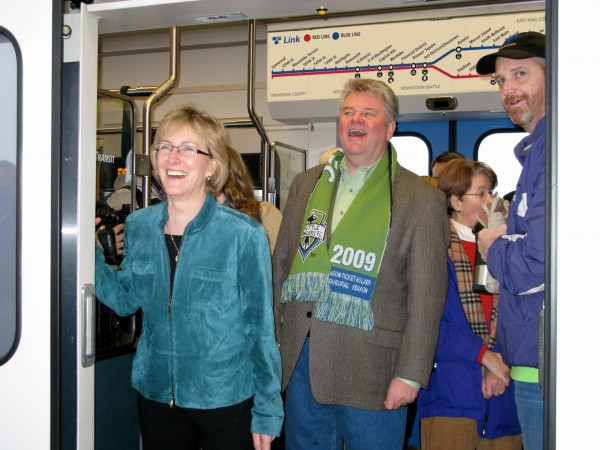Sound Transit CEO Joni Earl and ST Board Chair/Seattle Mayor Greg Nickels pose at the opening of Airport Link