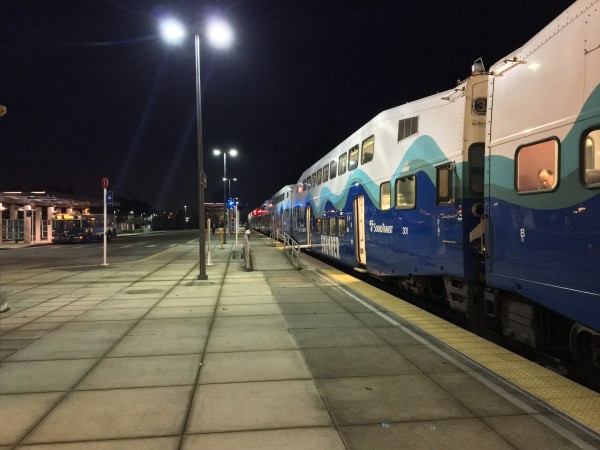 6:46 am Sounder at Lakewood Station (photo by the author)