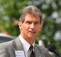 FHWA Washington Division Administrator Dan Mathis